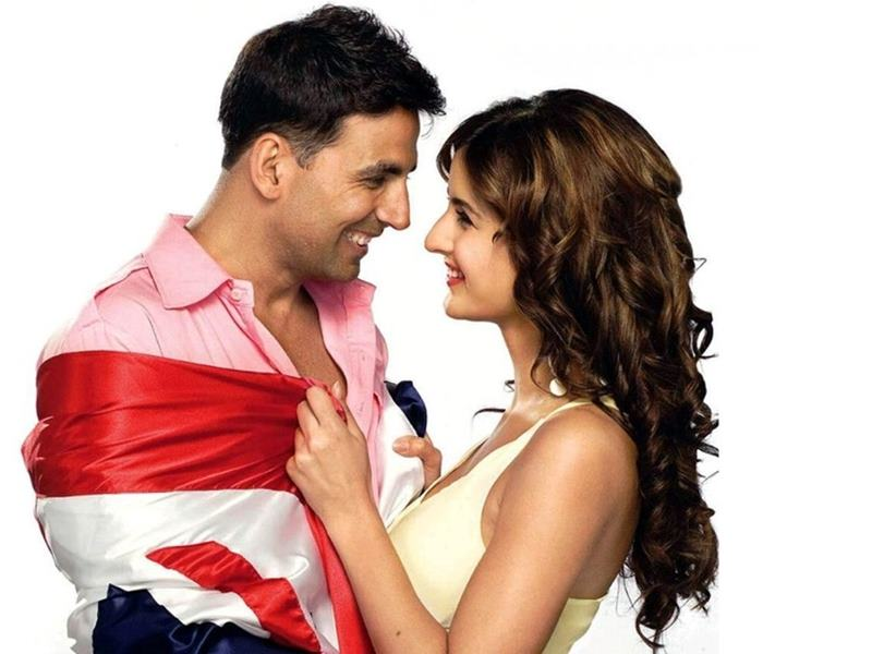 Co-actresses Akshay Kumar looks best with!- Akki Katrina