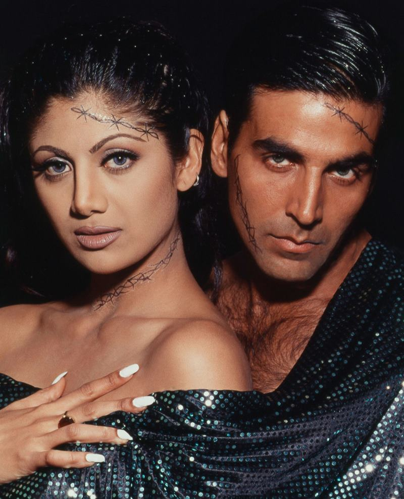 Co-actresses Akshay Kumar looks best with!- Akki Shilpa