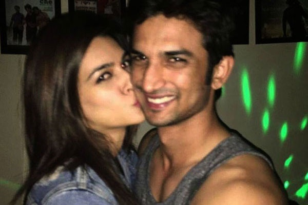 Pic 11: Sushant Singh Rajput And Kriti Sanon's Growing Friendship