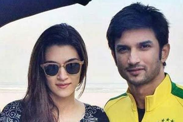 Pic 9: Sushant Singh Rajput And Kriti Sanon's Growing Friendship