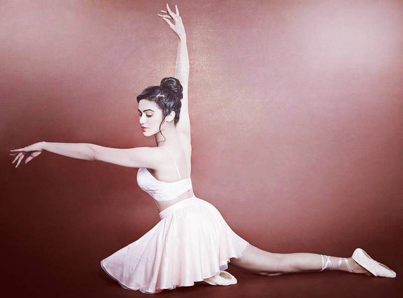 20 Hot Pics of Adah Sharma which prove that she is a true beauty queen!- Adah 18