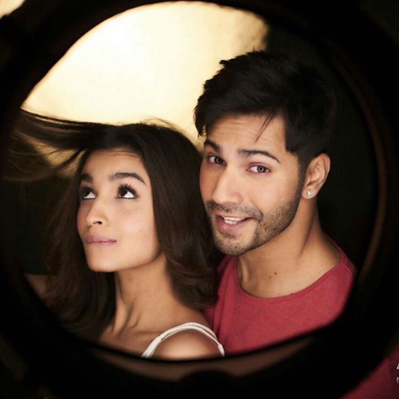 10 Pics of Varun Dhawan and Alia Bhatt which prove they make the cutest B-Town couple!- Alia-Varun 1