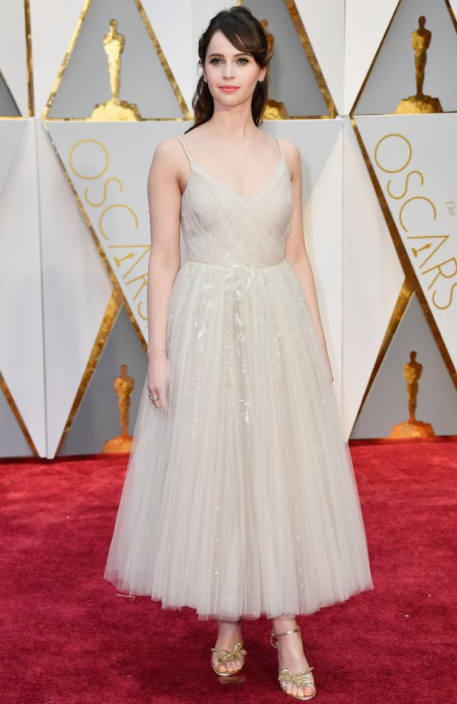 Celebrities Style Files Oscars 2017 - Felicity Jones