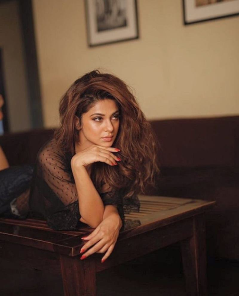 Check out these super-hot pics of Jennifer Winget from her latest photo-shoot- Jennifer 2