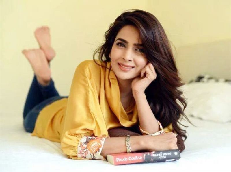 Facts and Pictures of Saba Qamar, the lead in Irrfan Khan's Hindi Medium- Saba 4