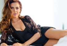 These Esha Gupta Hot Pics will make you feel the heat this summer!