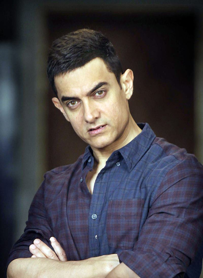 Bollywood Actors who could stun Hollywood if they give it a chance- Aamir