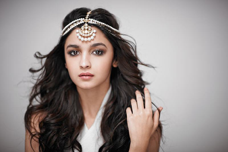 Bollywood Actresses who could stun Hollywood if they give it a chance- Alia