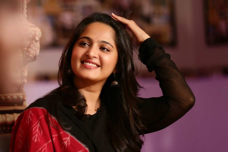 10 Surprising Facts about Anushka Shetty, who plays Devasena in Bahubali- 1