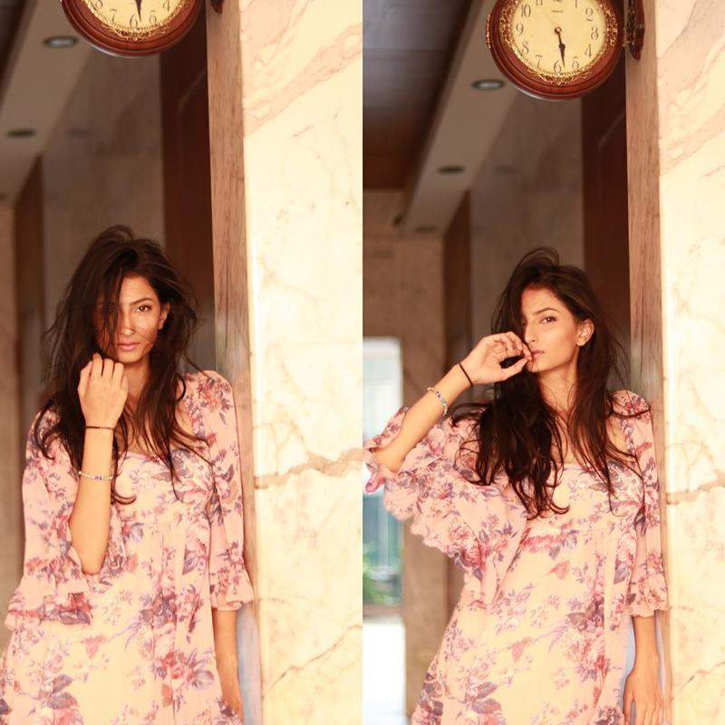 Pics of Palak Tiwari, Shweta Tiwari's daughter who will be making her debut very soon! 3