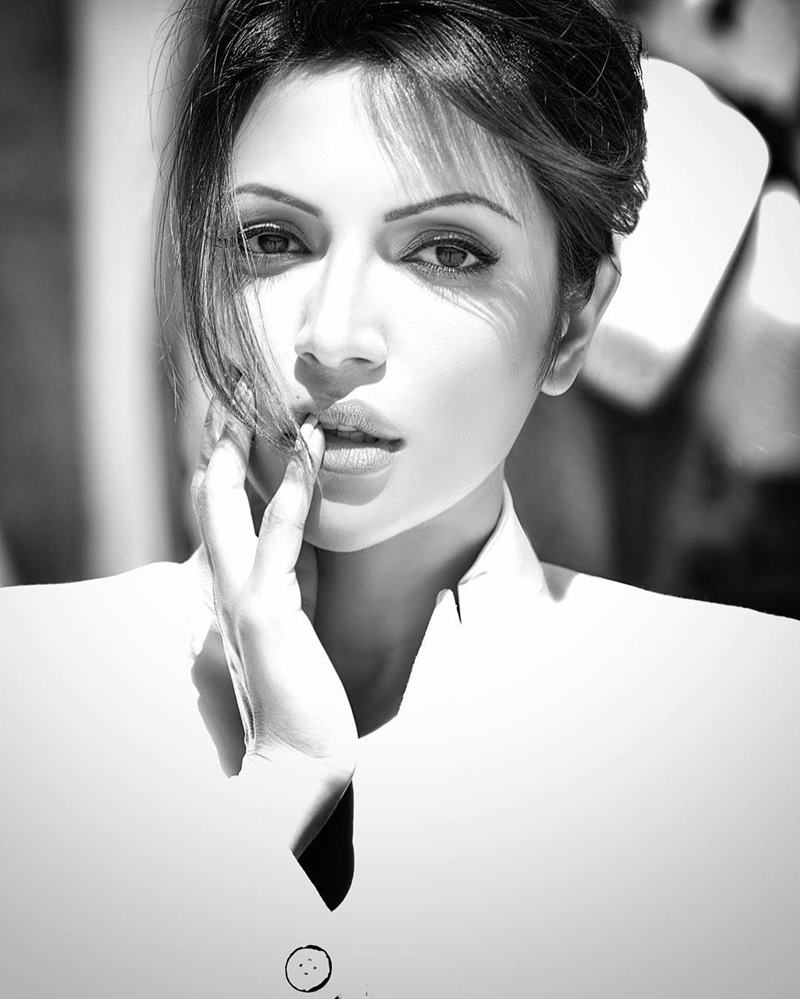 Shama Sikander is ruling Instagram and you need to take a look at these pics of her! 8