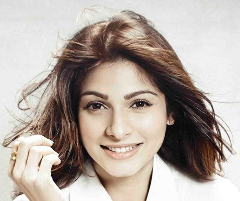 Star Siblings who failed to make it big in Bollywood-Tanishaa
