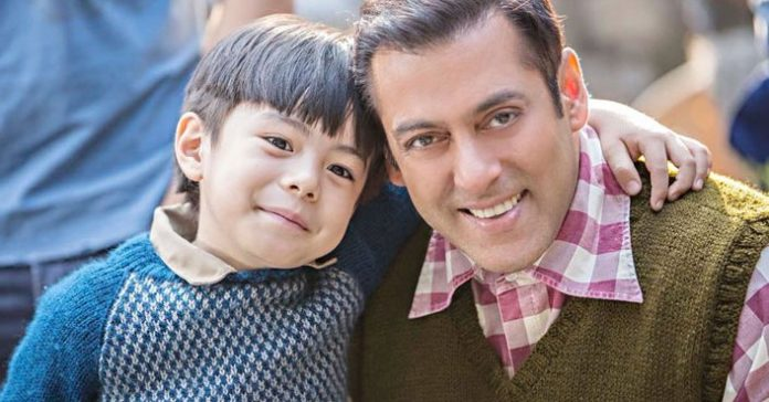 Salman Khan with child artist in Tubelight