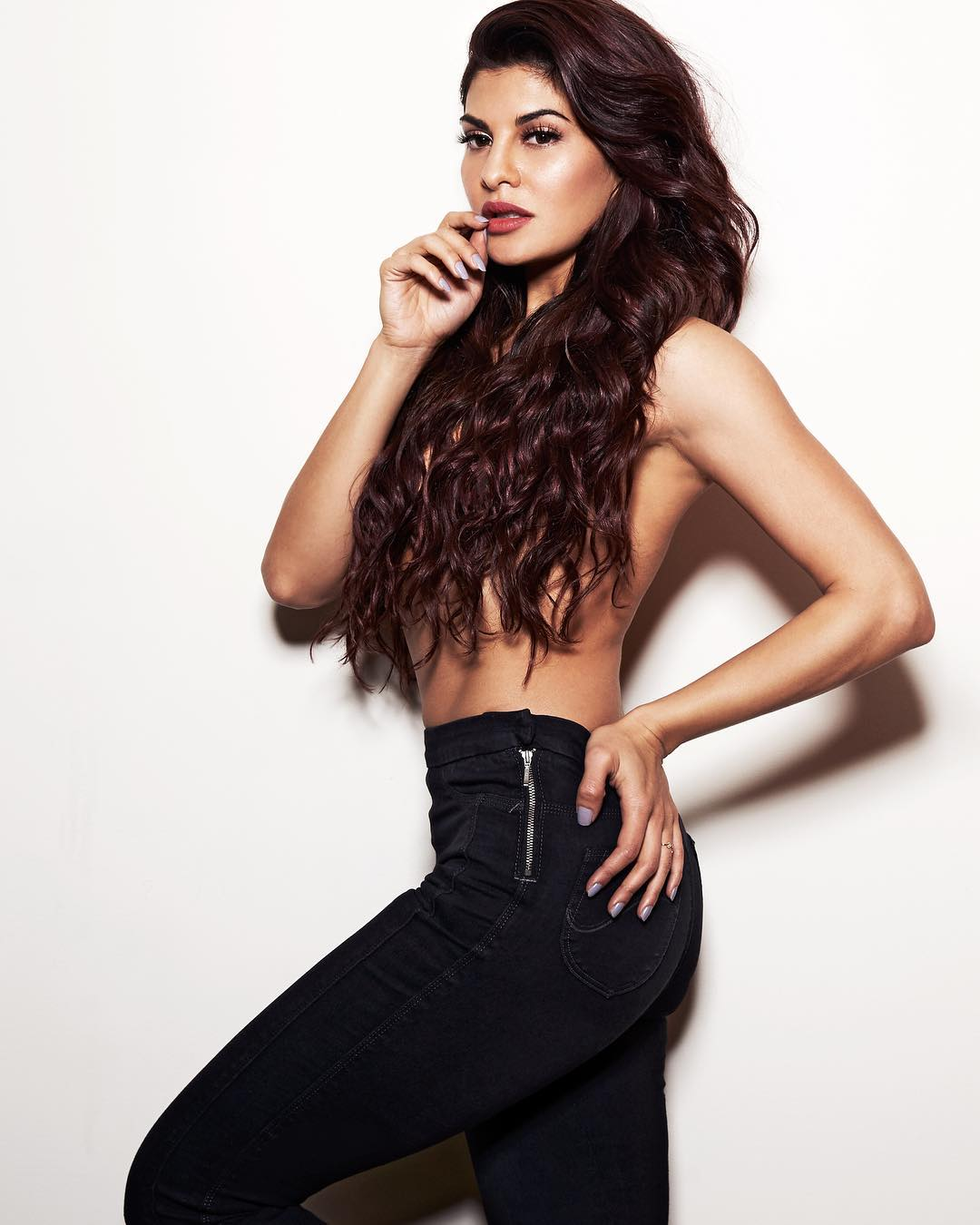 Hot As Hell: Jacqueline Fernandez Topless Photoshoot Is Too Hot To Handle