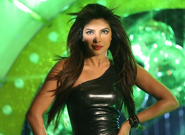 Priyanka Chopra in Babli Badmaash Hai song