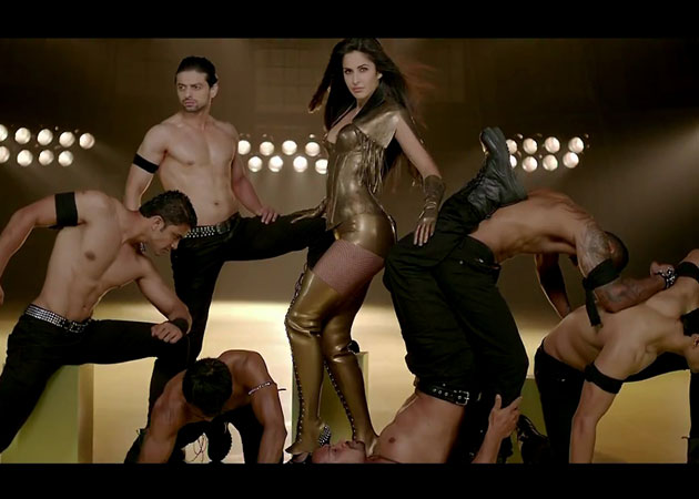 Dhoom 3 Seventh Day Collections CoverDhoom 3 Seventh Day Collections Cover