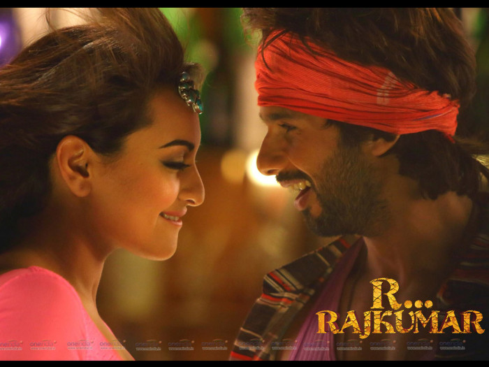 R…Rajkumar Review | Movie Reviews | Make-Believe Rambo Satisfies On Screen