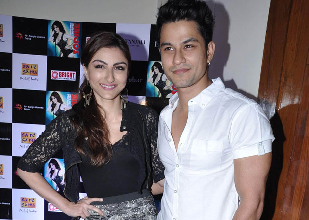Soha Ali Khan and Kunal Khemu engaged !