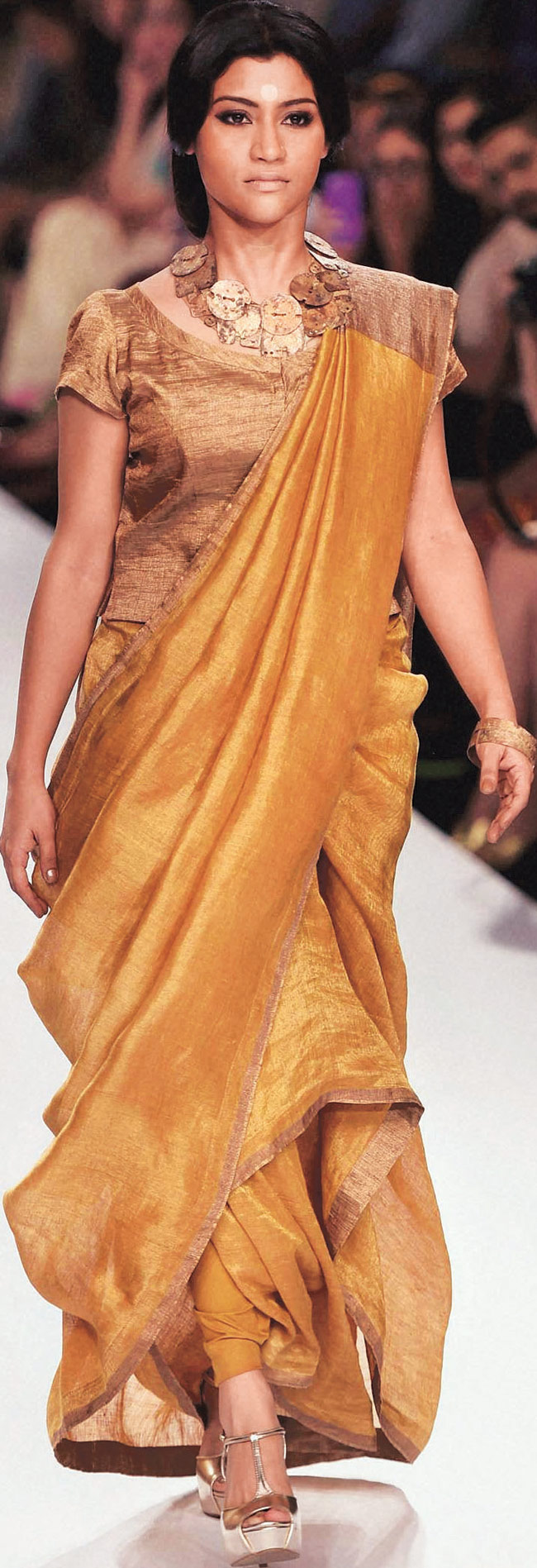Konkana Sen Sharma walks for designer Anavila Mishra