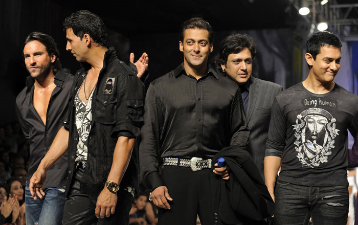 Salman Khan with few close friends from the industry