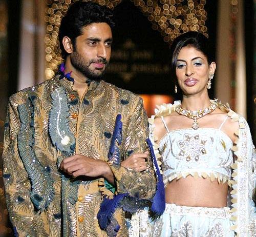 Bollywood brothers and sisters : Abhishekh Bachchan with sister Shweta Bachchan
