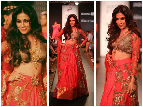 Chitrangadha Singh walks for Designer Harshita Chatterjee Deshpande at Lakme Fashion Week 2014
