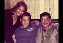 Sonakshi Sinha, Salman Khan and Shatrugan Sinha celebrate Eid.