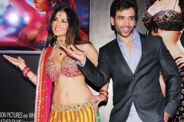 Tusshar Kapoor with Sunny Leone in Mastizaade