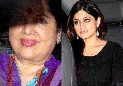 Shilpa's mom Sunanda Shetty with Shamita Shetty