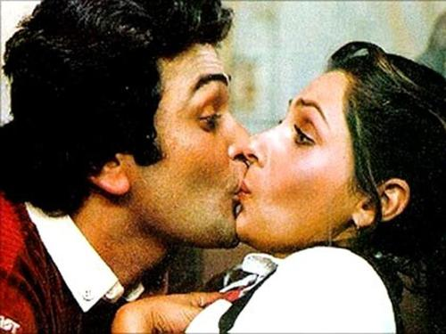Rishi Kapoor In Pictures Romantic Charming Show Boy