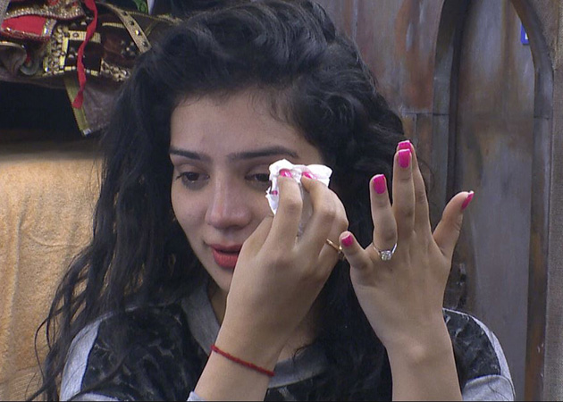 Bigg Boss 8 Day 2 Highlights : Sukirti Kandpal cries