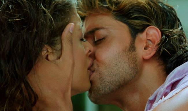 Hrithik Roshan's hot sizzling chemistry with Salman Khan's ex-gfs  Aishwarya