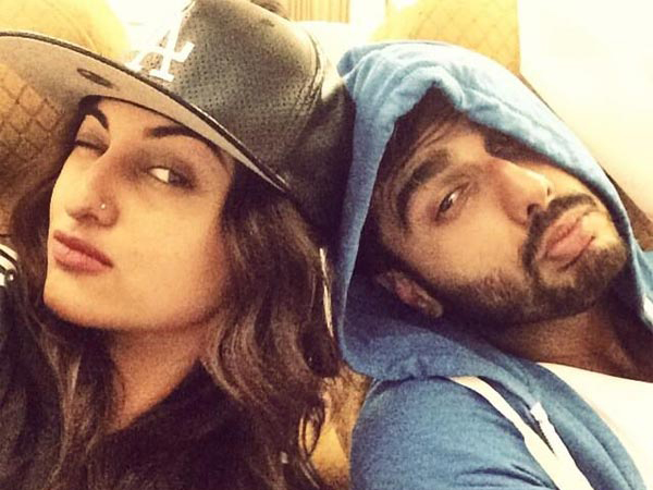 Arjun Kapoor denies dating Sonakshi Sinha