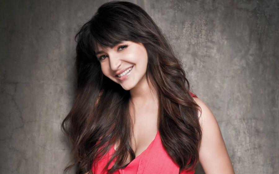 10 Reasons Why Anushka Sharma Is A Perfect Girlfriend