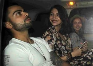 10 Reasons Why Anushka Sharma Is A Perfect Girlfriend - Anushka and Virat with their friend