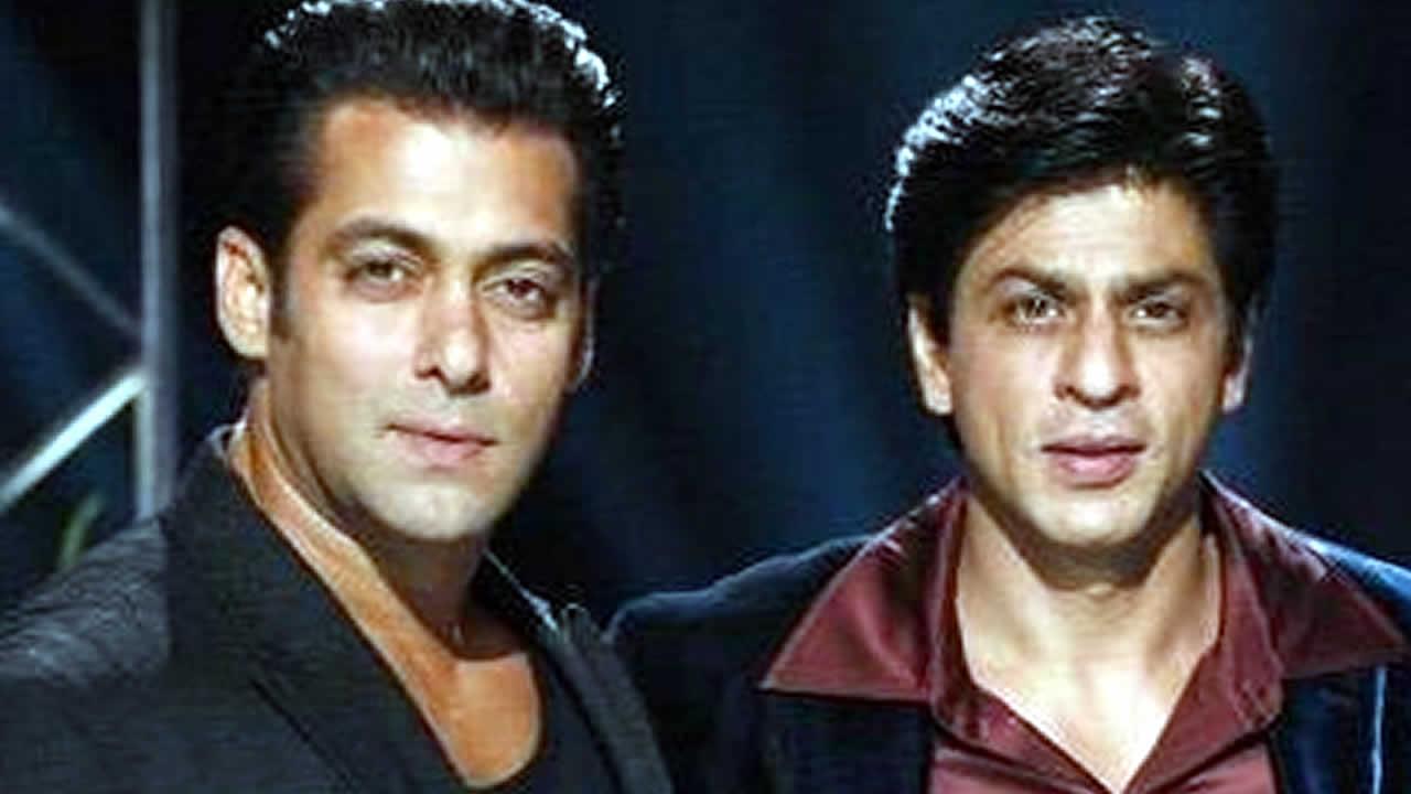 #RaeesOnEid2016: Now SRK Fans Trolling Salman On Twitter