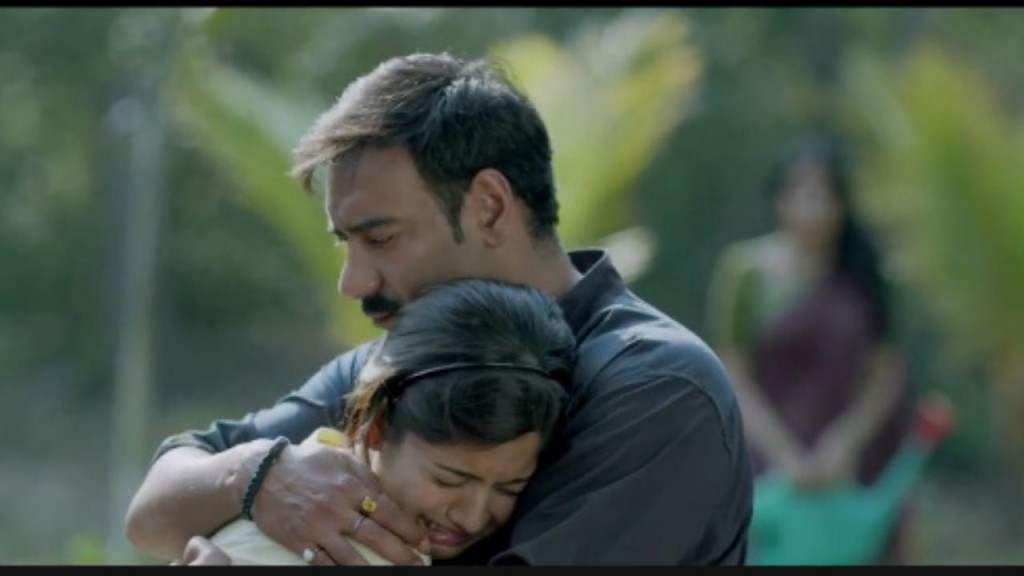 Ajay Devgn in Dum Ghutta Hai Video Song - Drishyam