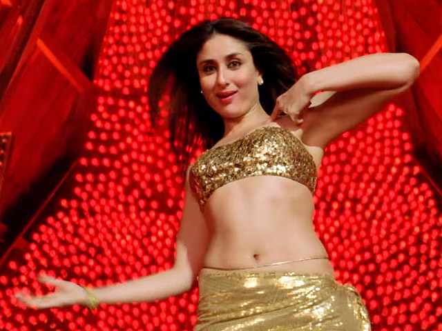 Kareena is hot in Mera Naam Mary Video Song