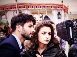 Alia and Shahid in Shandaar