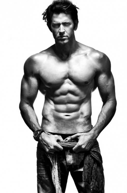 10 Hottest Shirtless Bollywood Actors- Hrithik Roshan