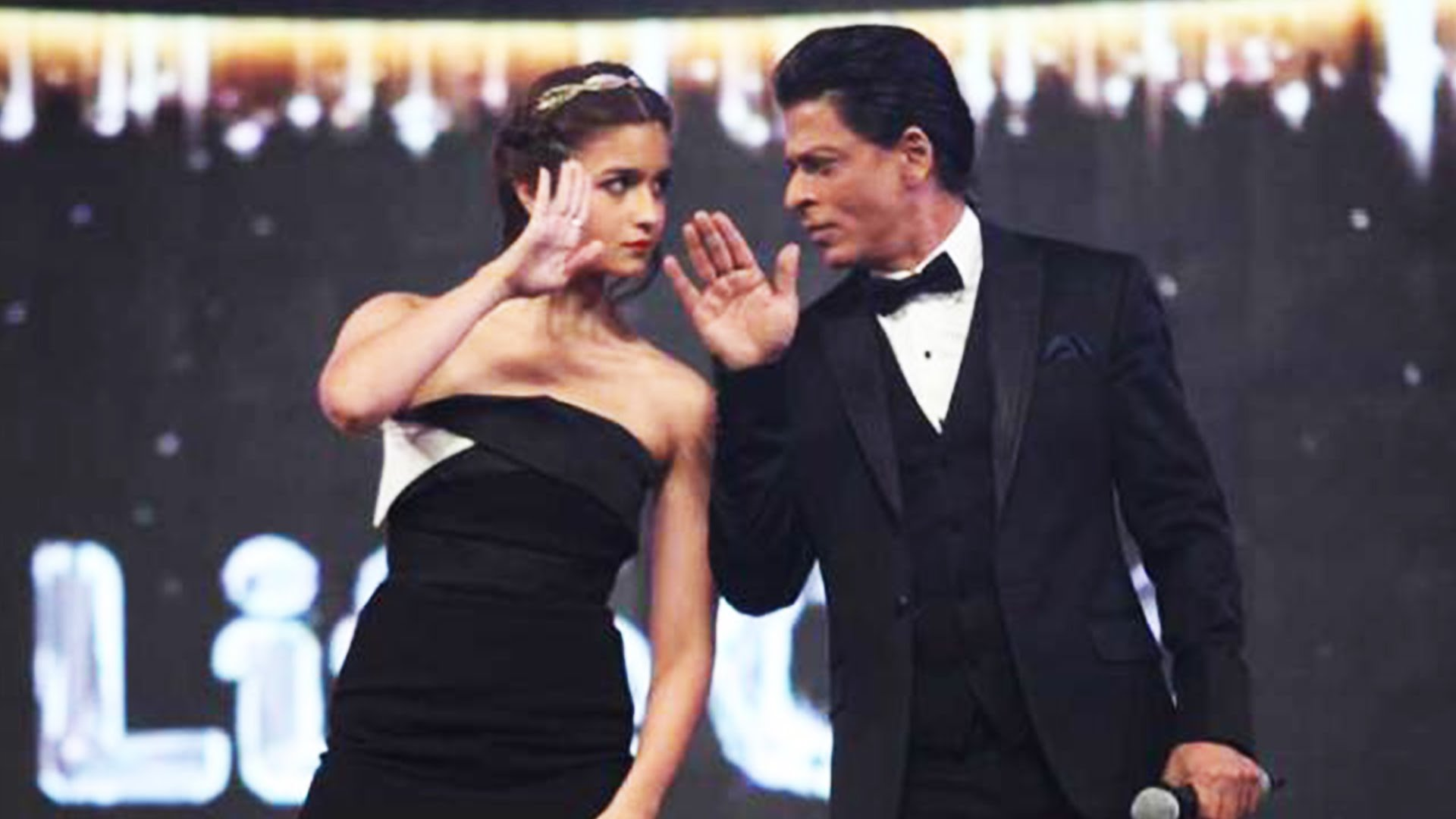 WTF:  SRK and Alia To Romance In Karan Johar's Next ?