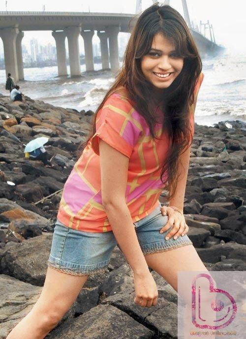 Hottest Female Playback Singers Of Bollywood - Shalmali Kholgade