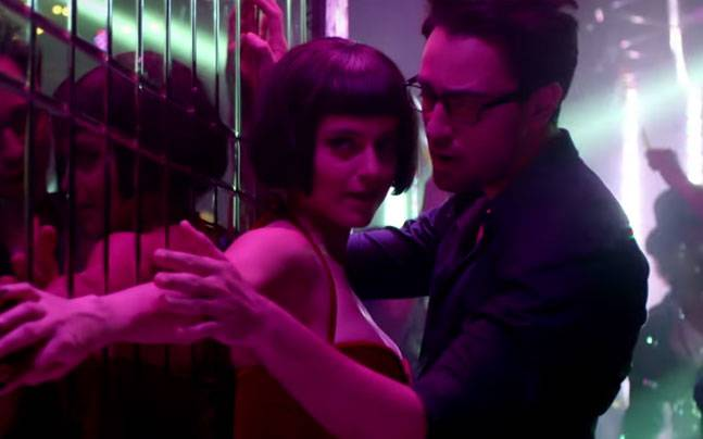 Imran and Kangana in Sarfira Video Song – Katti Batti