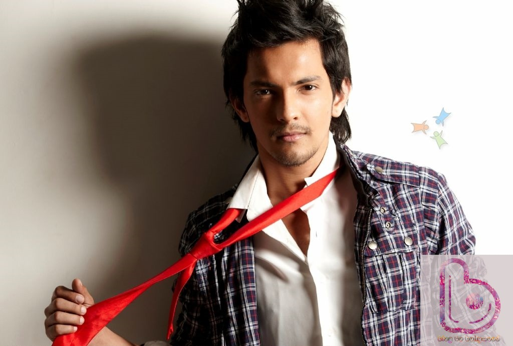 8 Hot Male Playback Singers Of Bollywood-Aditya Narayan