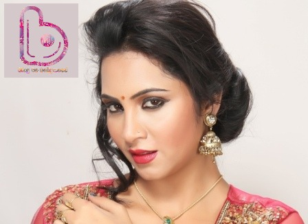 The Secret Is Out! Bigg Boss 9 participants list- Arshi Khan