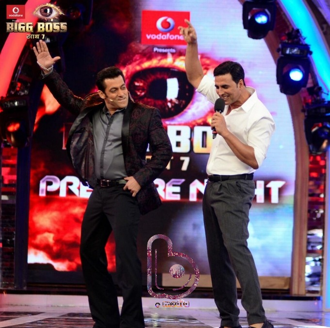 Salman and Akshay to host Bigg Boss 9 together? | Double Trouble!