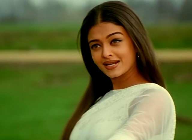 Aishwarya Rai in mohabbatein