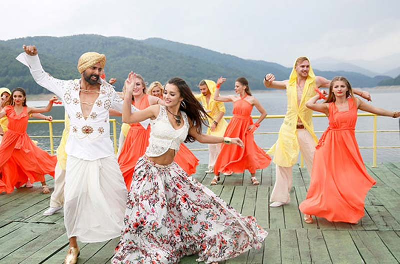 Singh Is Bling Public Response – An Entertaining Experience