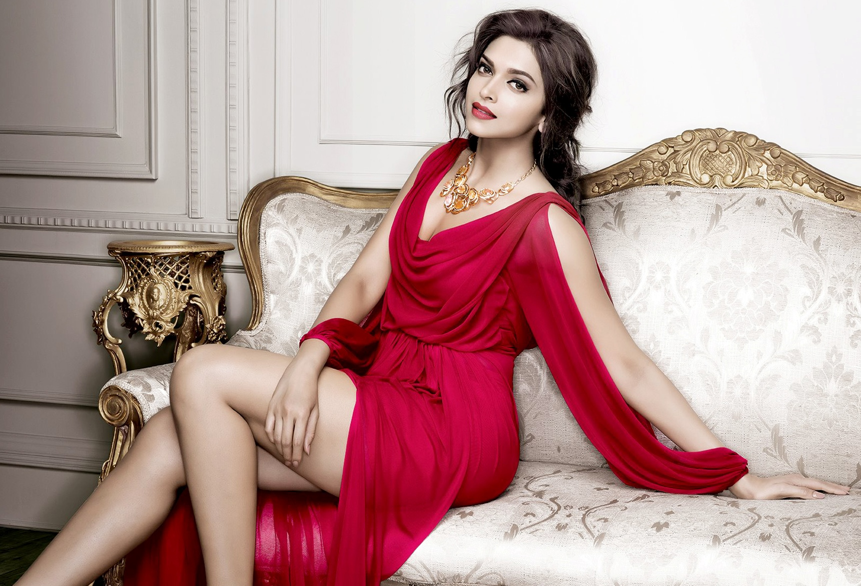Pic 2: Deepika Padukone Hot Pics: 10 best from Photoshoots