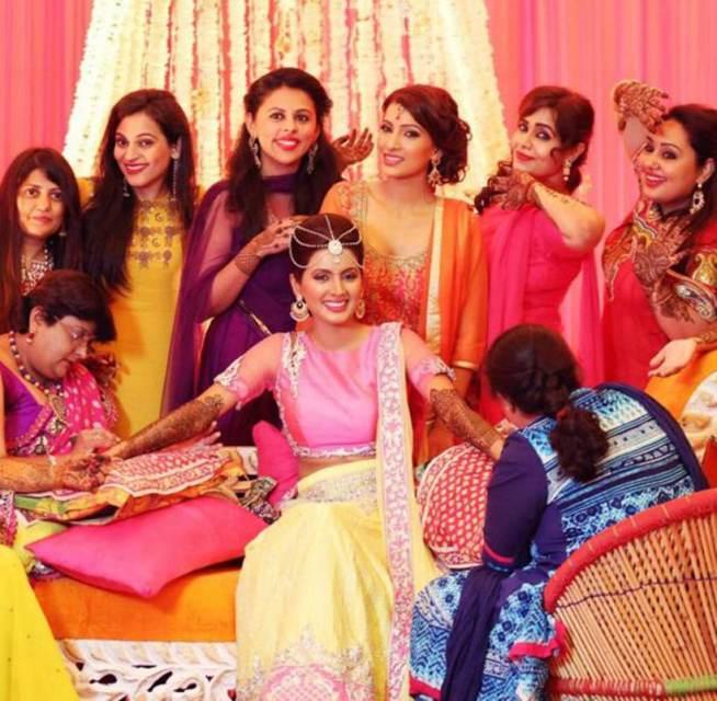 Adorable pics from Harbhajan Singh-Geeta Basra's Sangeet & Mehendi Ceremony!- Geeta 2